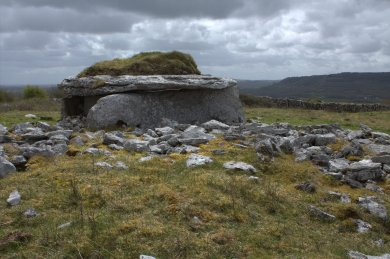 07-parknabinnia-wedge-tomb-clare-ireland