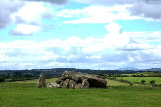 01-matthewstown-passage-tomb-waterford-ireland
