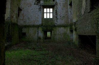 06-glinsk-castle-galway-ireland