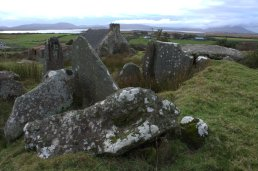 02-drumgollagh-court-tomb-mayo-ireland