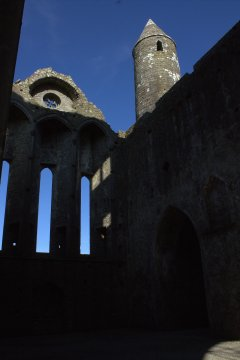 17-rock-of-cashel-tipperary-ireland
