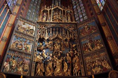 06. St Mary's Basilica, Krakow, Poland