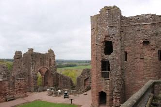 22-goodrich-castle-herefordshire-england