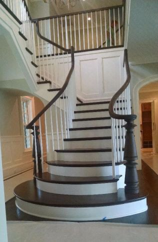 Curved Staircase Flare 25