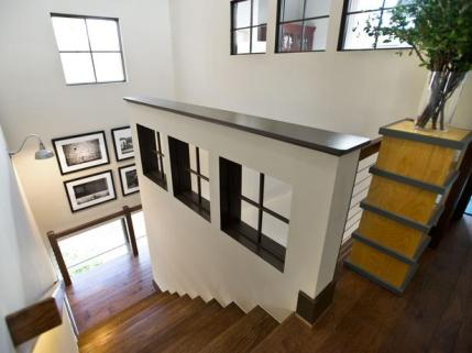 HGTV Open Stairs Lighted Rails 3