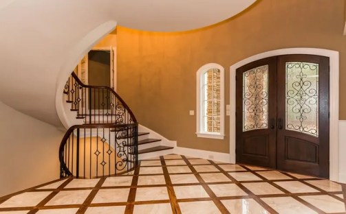 Loyd Curved Staircase 19