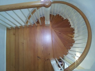 03 - All Wood spiral stair