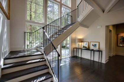 05 - Modern U Straight stair with iron rails