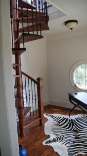 Red Oak Wood Spiral with metal balusters