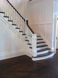 09 - Traditional Stair with turned balusters and Box newel post