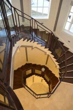 17 - Transitional Freestanding Straight stairs