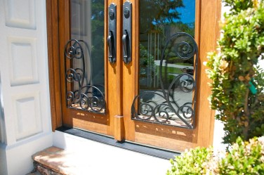 35 - Iron attachement for Mahogany doors