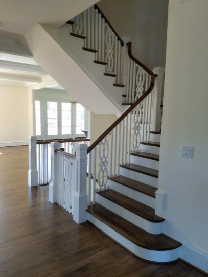 41 - Modern Farmhouse Straight stairs Freestanding