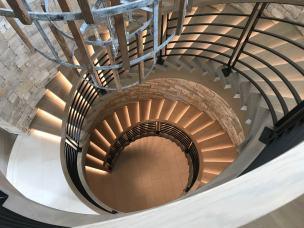 Modern Farmhouse Curve Stairway 2