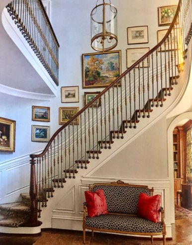 French Country Curved Stairs with Balusters mounted to side 46