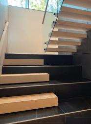 Open-Riser-Glass-Straight-Stair-Vision-Stairways-1