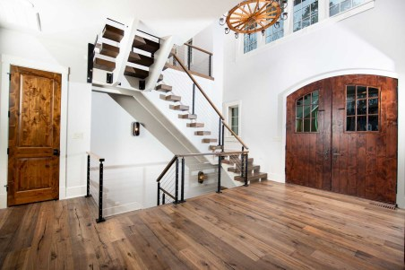 Straight Stairs Modern Cable Baluster