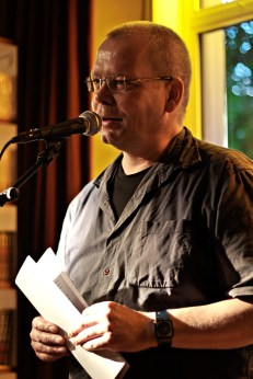 Lesebühne Vision und Wahn Berlin: Robert Rescue