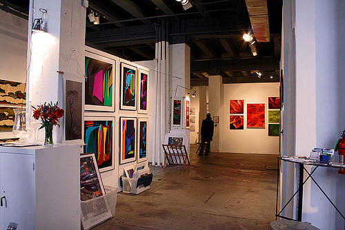 "AZ Gallery. Image by <a href=""https://flic.kr/p/4JeZj1"" target=""_blank""> Teresa Boardman/flickr</a>"