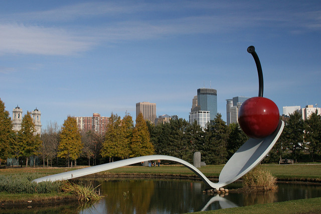 "Walker Art Center Spoonbridge & Cherry. Image by <a href=""https://flic.kr/p/6CSW5q"" target=""_blank""> Steve Chihos/flickr</a>"