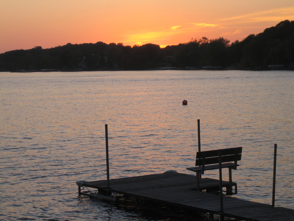 """Prior Lake Sunset Photo by <a href=""""https://flic.kr/p/5iqrL"""" target=""""_blank"""">Laura/flickr</a>"""