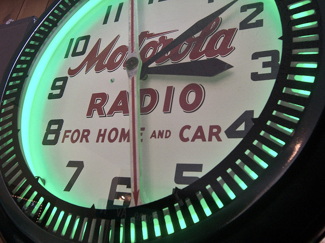 "Motorola Radio Clock on Display at Pavek Museum of Broadcasting. Image by <a href=""https://flic.kr/p/nEEFD"" target=""_blank""> Max Sparber/flickr</a>"