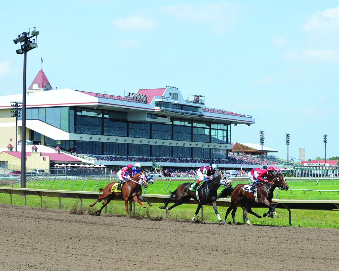 "Canterbury Horse Race. Image by <a href=""http://www.canterburypark.com/"" target=""_blank"">Canterbury Park</a>"