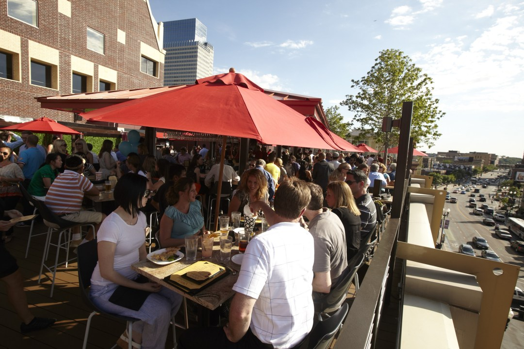 Crave Rooftop Bar Photo by Todd Buchanan/Greenspring Media