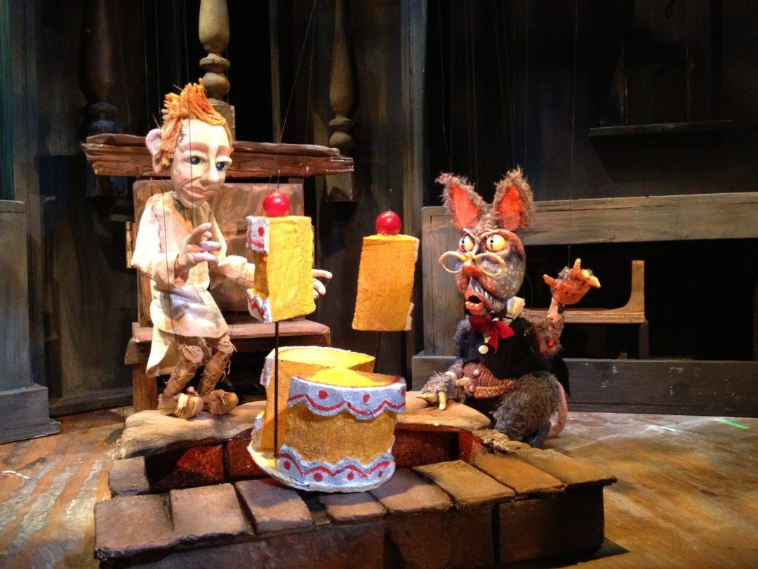 """Dessert Time. Image by <a href=""""http://www.openeyetheatre.org/"""" target=""""_blank"""">Open Eye Figure Theatre</a>"""