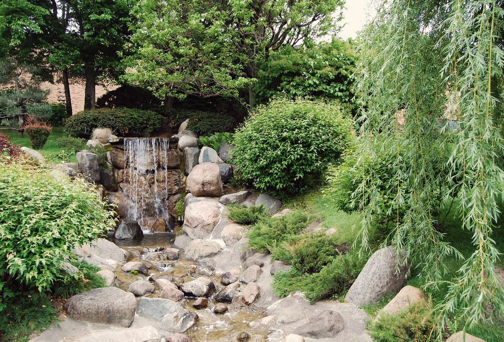 Waterfall in Japanese Garden Photo by jpellgen/flickr https://flic.kr