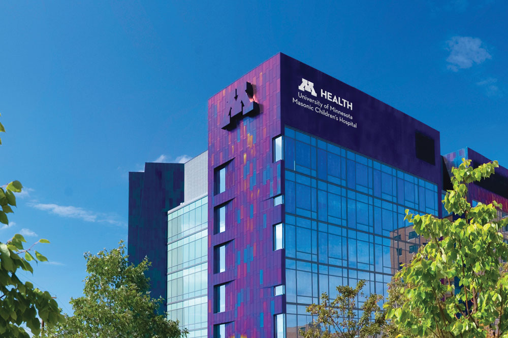 An outdoor image of the University of Minnesota Masonic Children's Hospital.