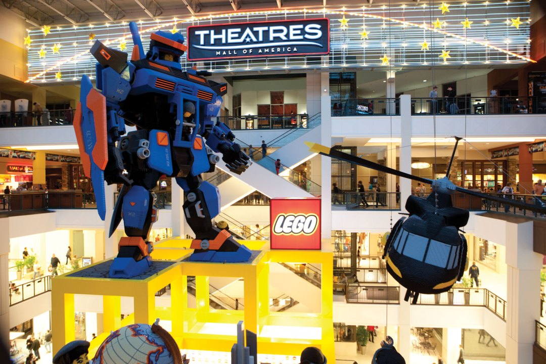 Lego Land and Theatres Mall of America. Image by Allen Brisson/Greenspring Media