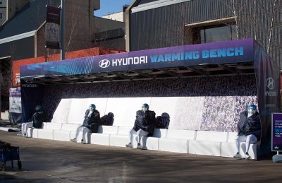 Super-Bowl-Hyundai-Warming-Bench