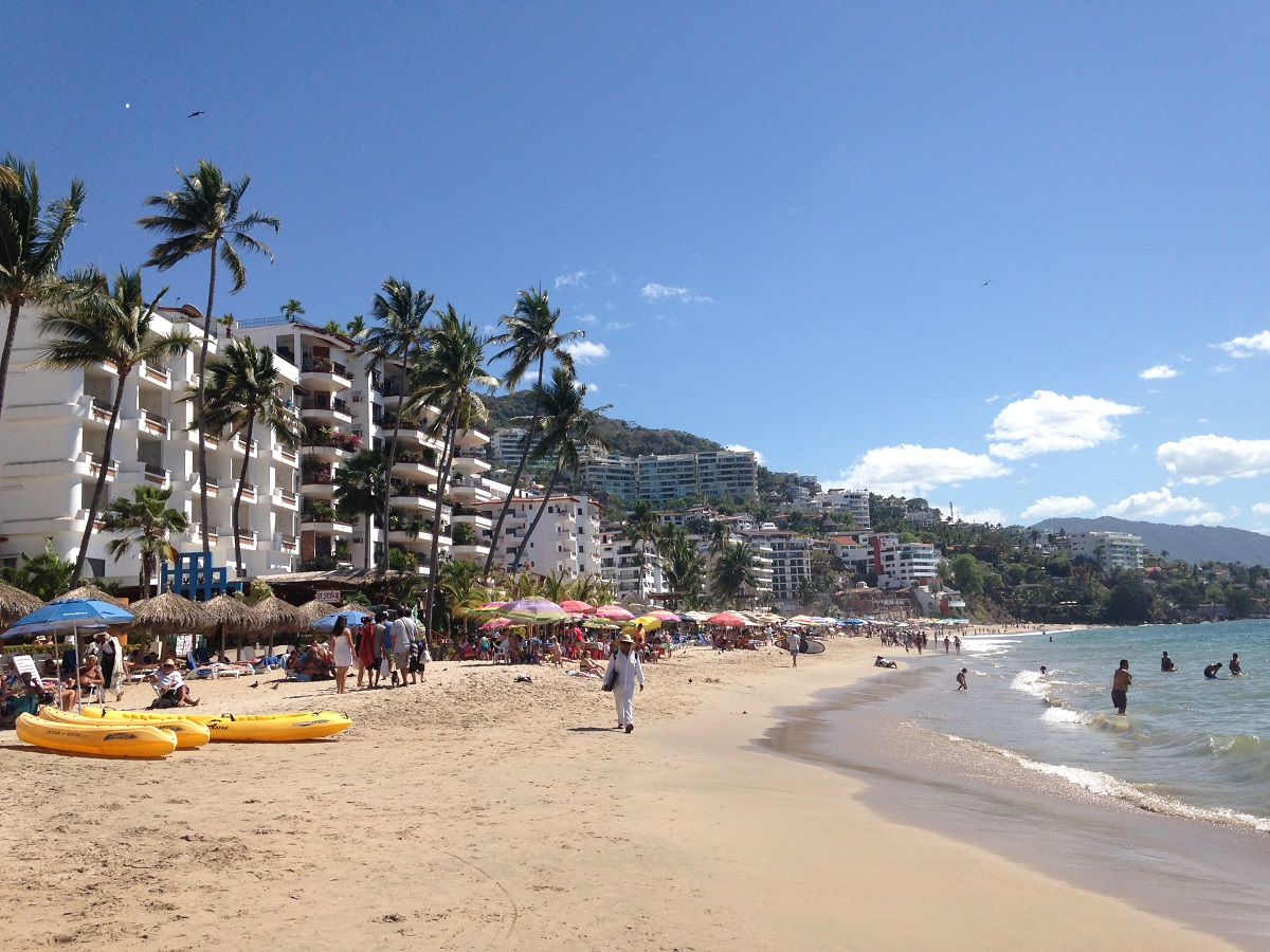 Playa Los Muertos Pv Puerto Vallarta Banderas Bay And Sayulita