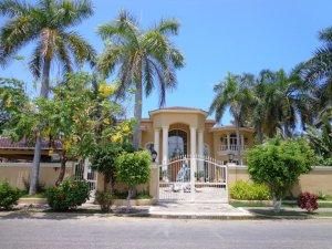 Nuevo Vallarta / Flamingos: Home in Nuevo Vallarta Mexico