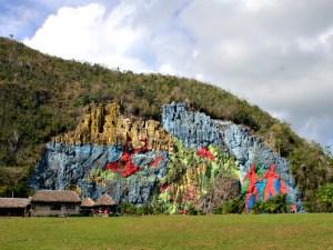 mural-prehistoria-vinales-cuba