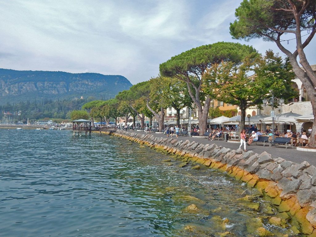 Cities near Lake Garda