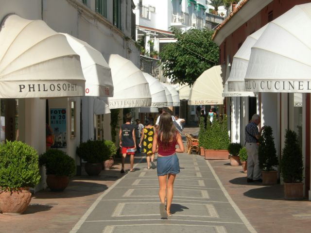 Shopping in Capri