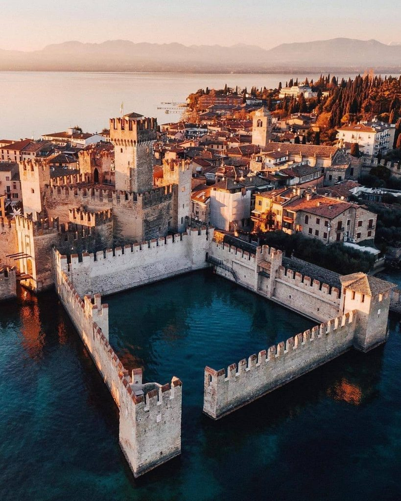 Sirmione travel guide