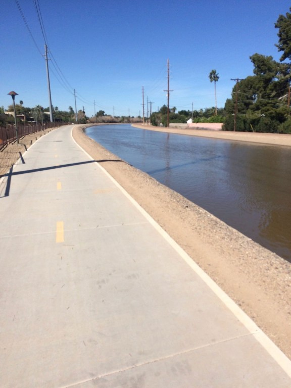 Arizona Canal - One of the Best Cycling Routes in Scottsdale