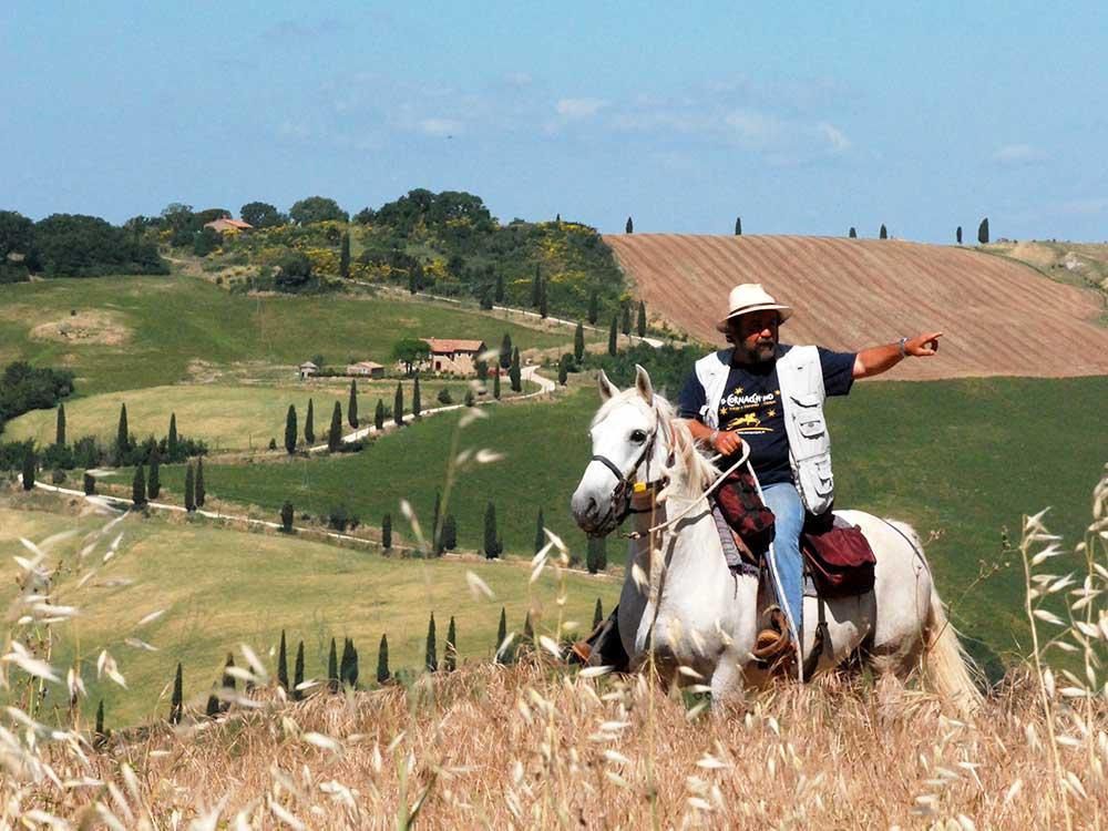 Trekking a Cavallo-Due laghi-Visit Castell'Azzara