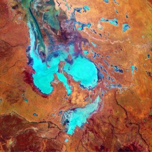 LakeEyre01