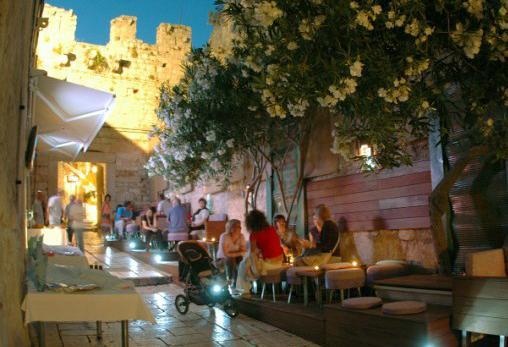 Divertimento e vita notturna a Hvar Dalmazia Croazia