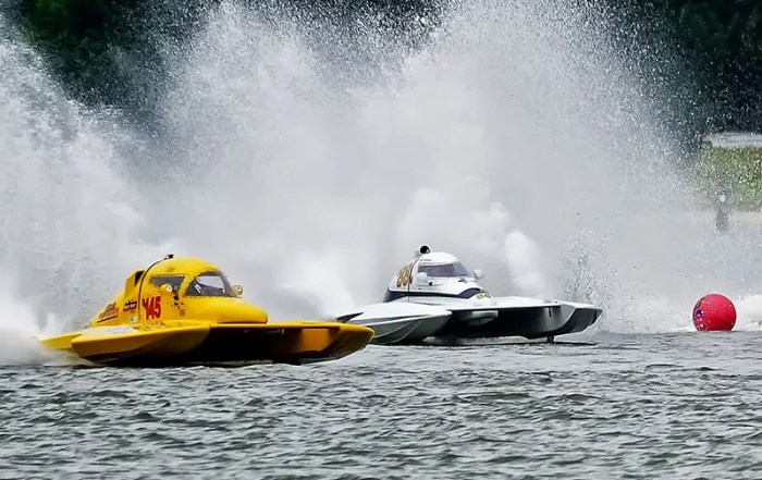 Cambridge Classic Power Boat Regatta; photo by Skip Vanderslice