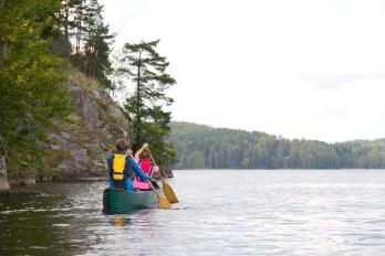 Samassa veneessä. Kuva: Joni Viitanen / Visit Espoo