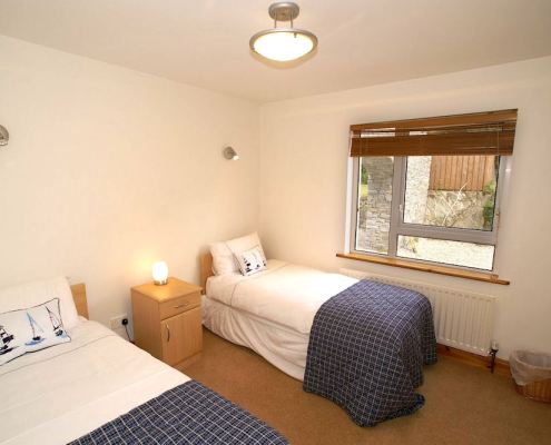 Golf Lodge at Portsalon Donegal - twin bedroom