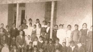 Students circa 1900-1910
