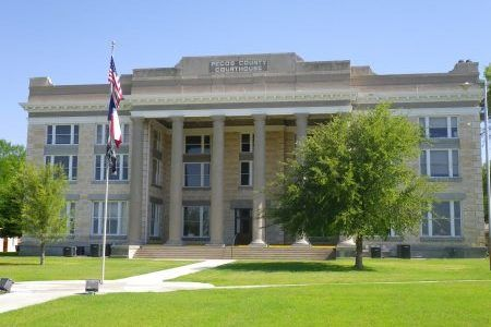 pecoscountycourthouse