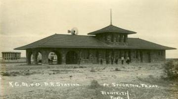 Train depot prior to second story removal, 1912