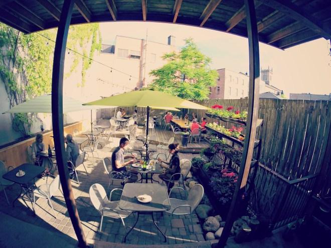Miijidaa patio
